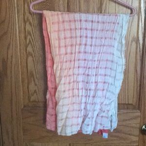 Salmon ombré scarf